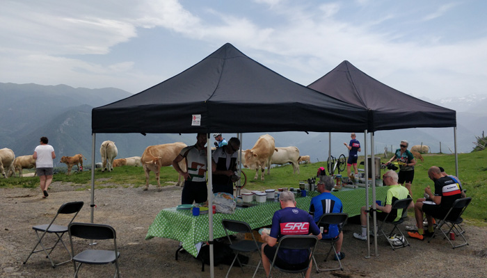 pyrenees cycling lunch