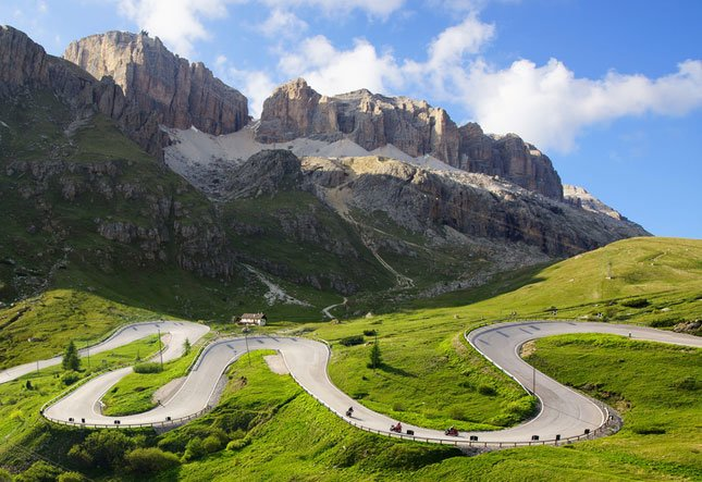cycling-in-the-dolomites-1