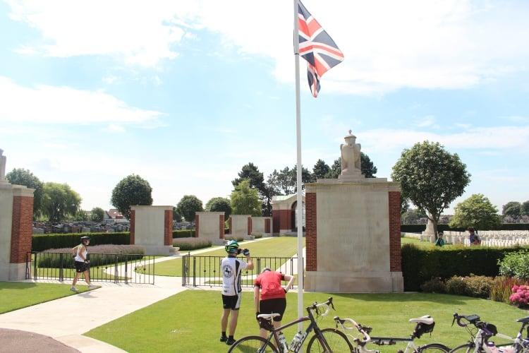 london-to-amsterdam-cycling-15