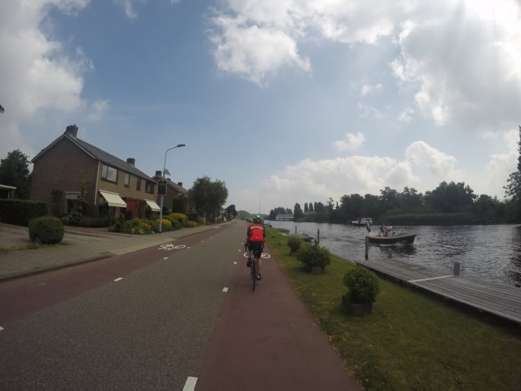 london-to-amsterdam-cycling-36